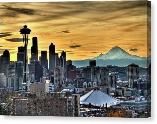 Seattle Skyline - Mt Rainier Canvas Print
