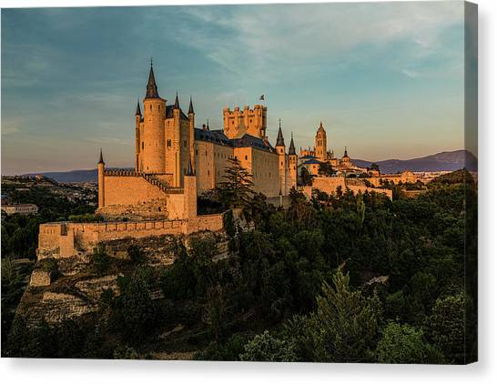 Segovia Alcazar And Cathedral Golden Hour Canvas Print