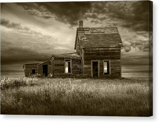 Sepia Tone Of Abandoned Prairie Farm House Canvas Print