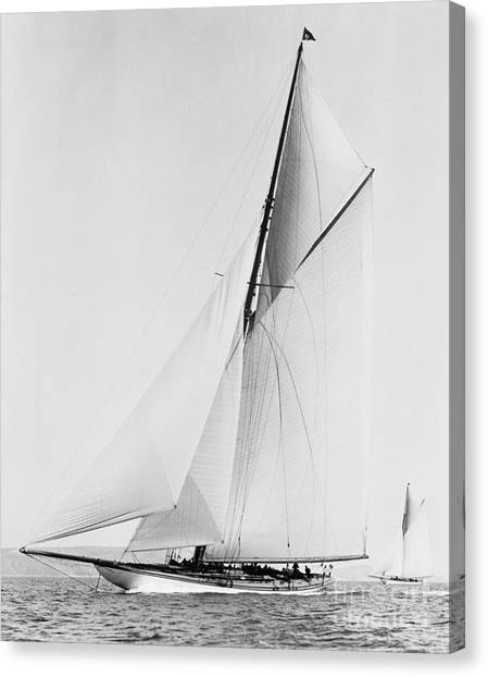 New york yacht club canvas print shamrock iii 1903 bw by padre art