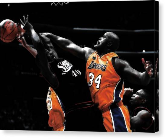 Denver Nuggets Canvas Print - Shaq Dominating The Paint by Brian Reaves