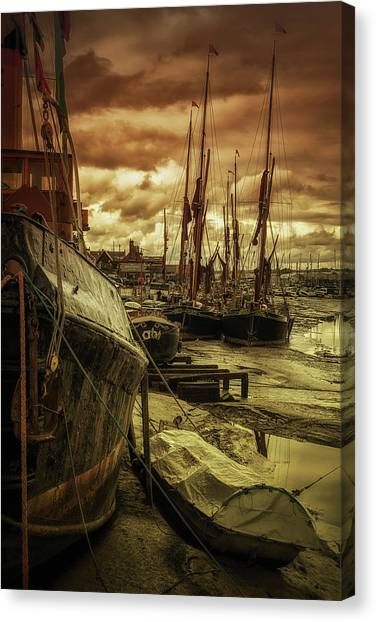 Ships From Essex Maldon Estuary Canvas Print