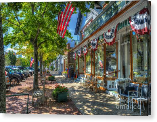 Shopping In The Hamptons Canvas Print