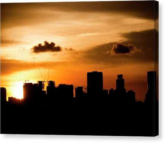 Silhouette City Canvas Print