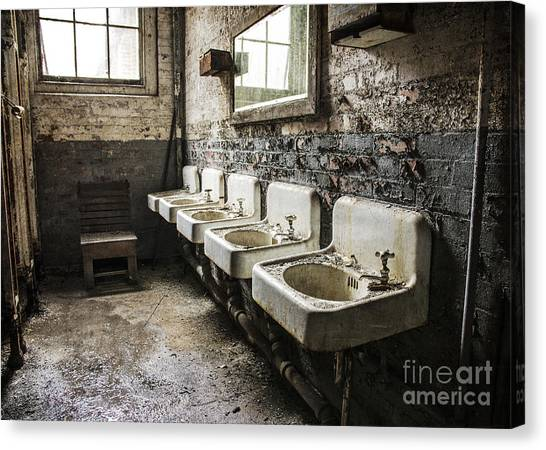 Sinkline Canvas Print