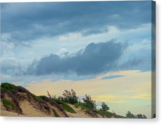 Sky Over Maceneta Beach Mozambique Canvas Print
