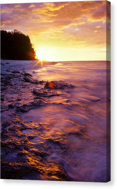Canvas Print featuring the photograph Slow Ocean Sunset by T Brian Jones