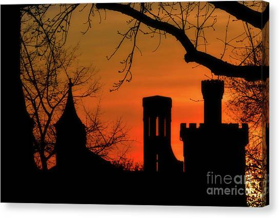Smithsonian Museum Canvas Print - Smithsonian Castle by Luv Photography