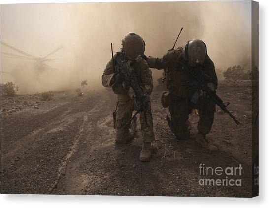 Green Berets Canvas Print - Soldiers Brace For The Impact by Stocktrek Images