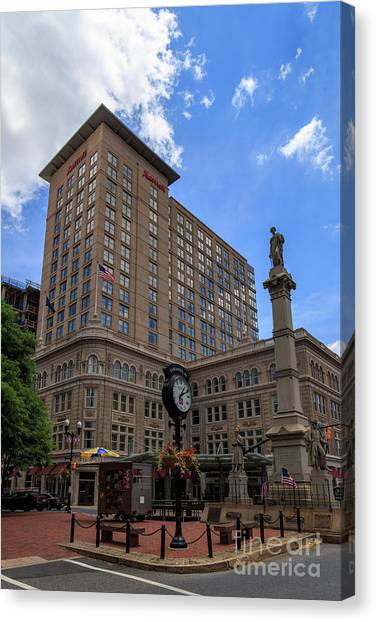 Soldiers Monument In Penn Square In Lancaster Canvas Print