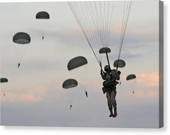 Soldiers Of The 82nd Airborne Descend Canvas Print by Everett