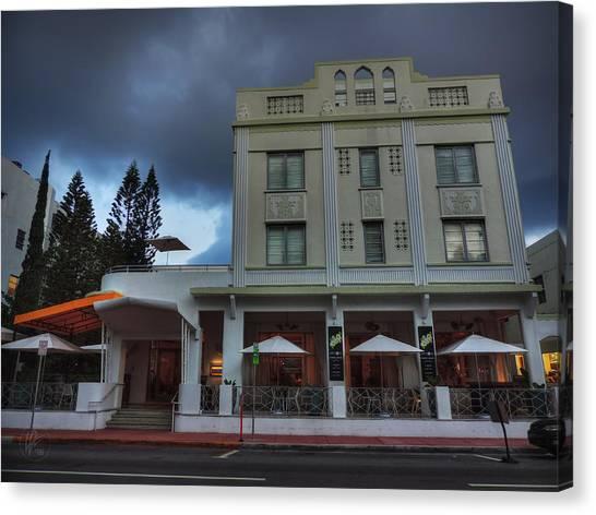 South Beach - The Stiles Hotel 001 Canvas Print by Lance Vaughn