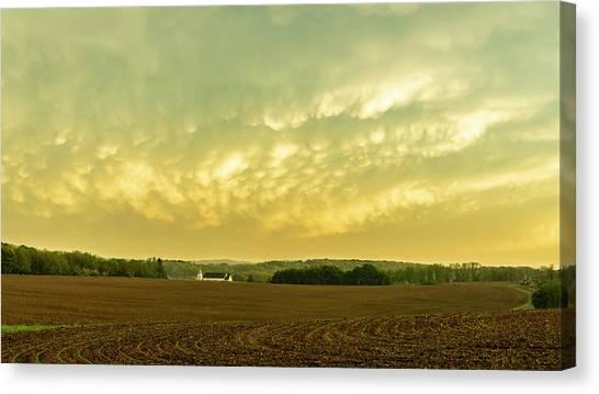 Thunder Storm Over A Pennsylvania Farm Canvas Print