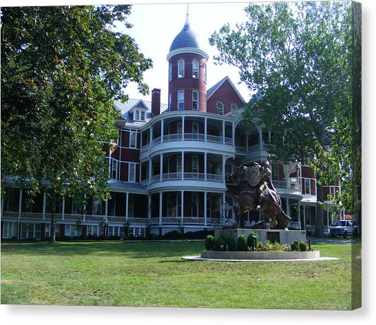 Southern Virgiinia College Canvas Print by Eddie Armstrong
