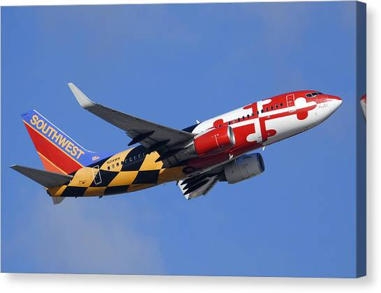 Southwest Airlines Boeing 737-7h4 N214wn Maryland One Phoenix Sky Harbor December 23 2010 Canvas Print