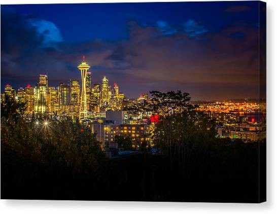 Space Needle In Seattle After Dark Canvas Print
