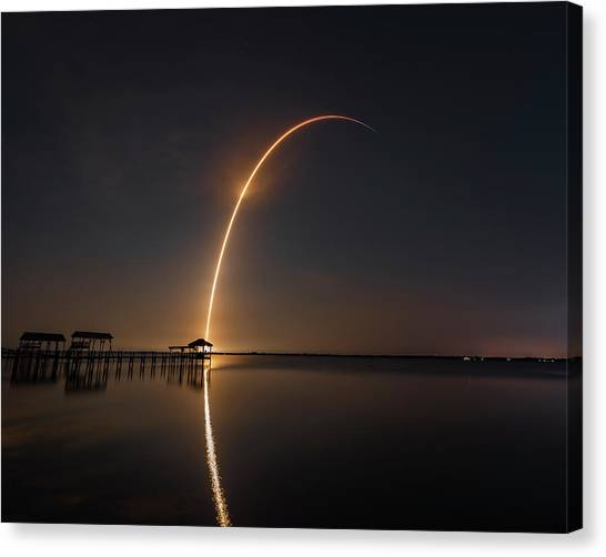 Spacex Falcon 9 Canvas Print