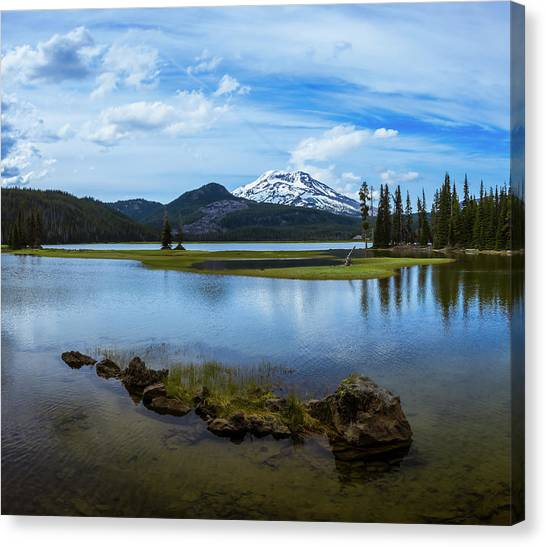 Sparks Lake, Oregon Canvas Print