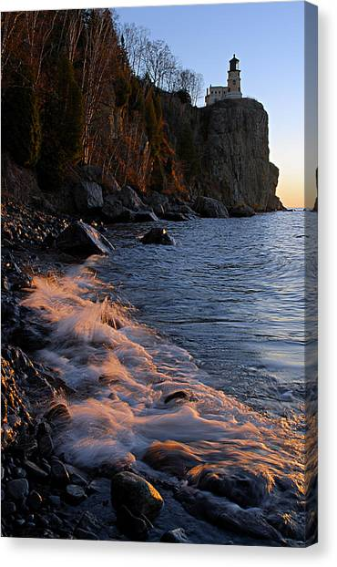Split Rock Lighthouse At Dawn Canvas Print