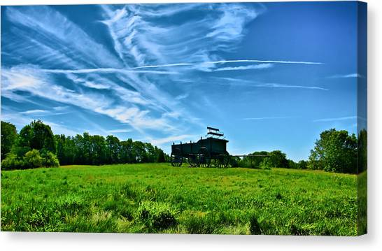 Spring Landscape In Nh 4 Canvas Print by Edward Myers