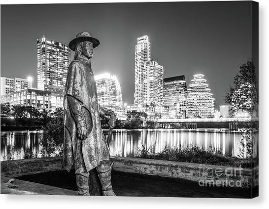 Austin Texas Canvas Print - Srv Statue And Austin Skyline In Black And White by Paul Velgos