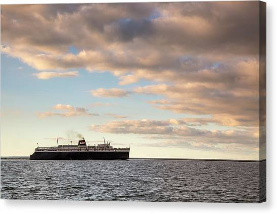 Marquette Canvas Print - Ss Badger Leaving Port by Adam Romanowicz