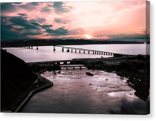 St. Lawrence Sunset Canvas Print