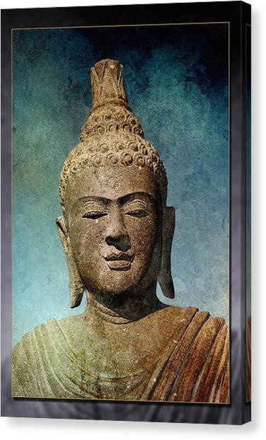 Statue 3 Canvas Print