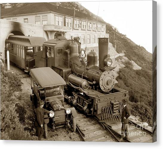 Stean Engine No. 8 Mount Tamalpais Circa 1920 Canvas Print