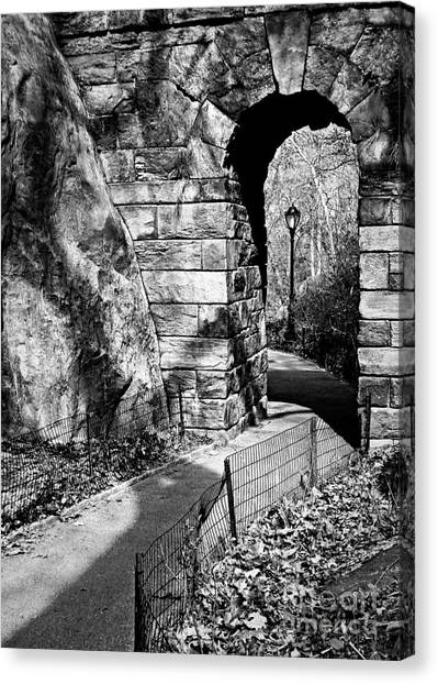 Stone Arch In The Ramble Of Central Park - Bw Canvas Print
