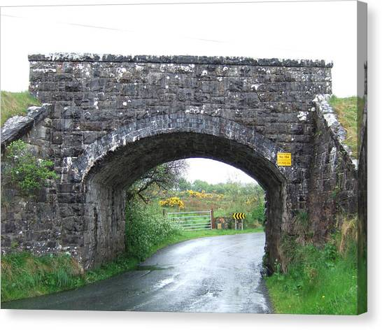 Stone Bridge In Ireland Canvas Print