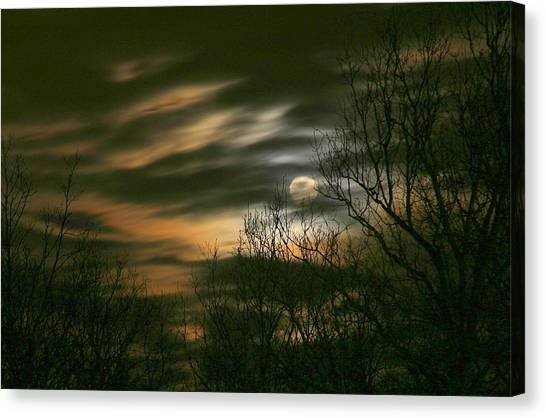Storm Rollin' In Canvas Print