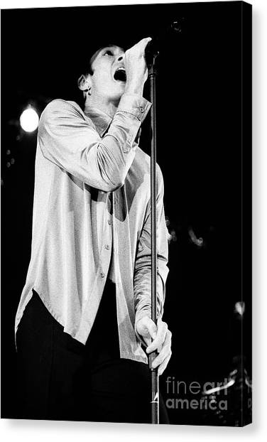 Stone Temple Pilots Canvas Print - Stp-2000-scott-0924 by Timothy Bischoff
