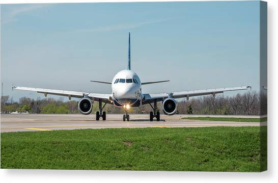 Jetblue Canvas Print - Straight On by Guy Whiteley