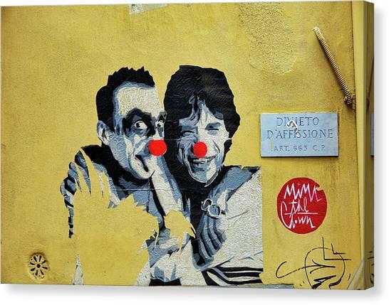 Street Art In The Trastevere Neighborhood In Rome Italy Canvas Print