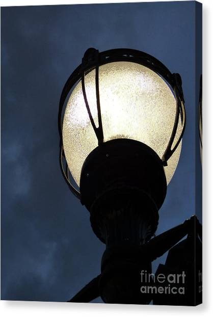 Street Lamp At Night Canvas Print