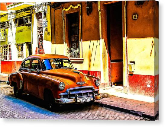 Streets Of Havana Canvas Print