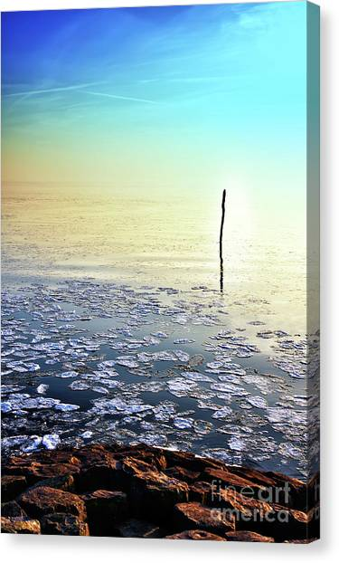 Sun Going Down In Calm Frozen Lake Canvas Print