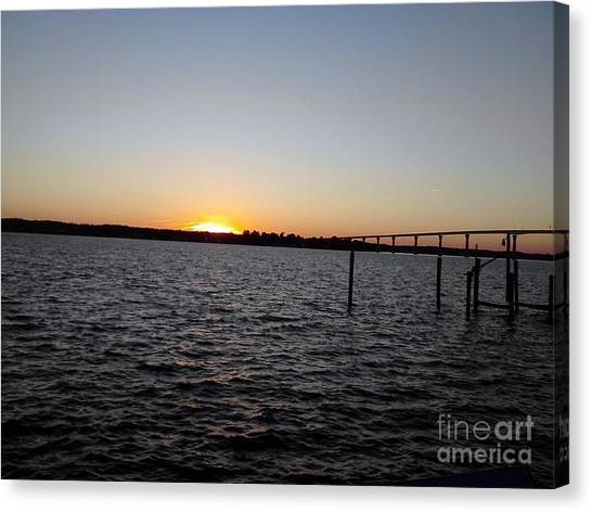 Sun Going Down Near Gov Thomas Johnson Bridge Canvas Print