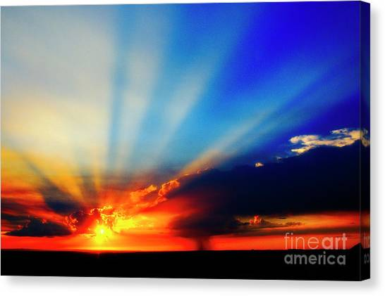 Canvas Print featuring the photograph Sun Rays by Scott Kemper