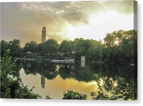 Sundown At The Riverwalk Quarry Canvas Print