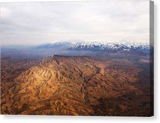 Sunlight And Snow-capped Peaks Canvas Print