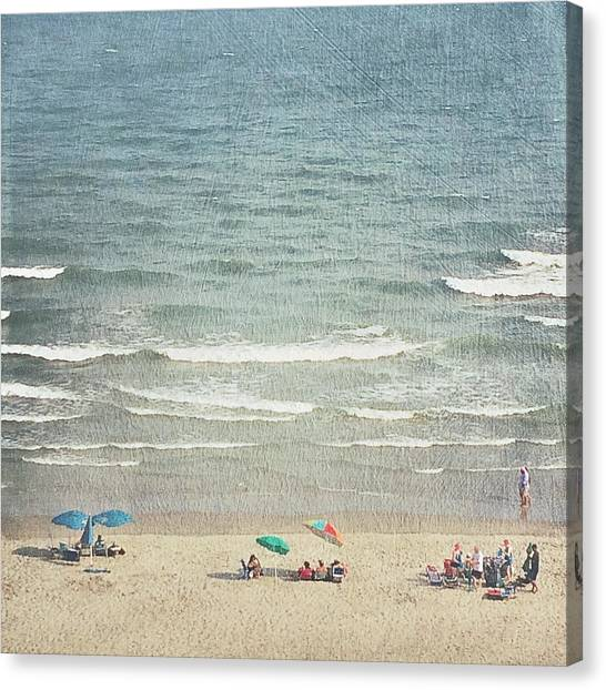 Sunny Day At North Myrtle Beach Canvas Print