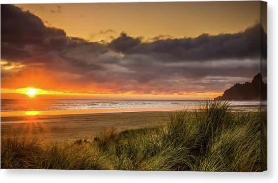 Sunrays Over Manzanita Canvas Print