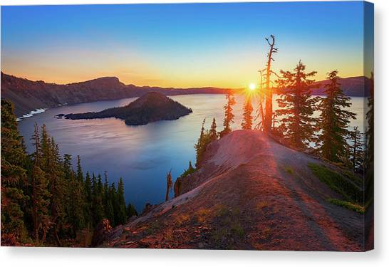 Sunrise At Crater Lake Canvas Print