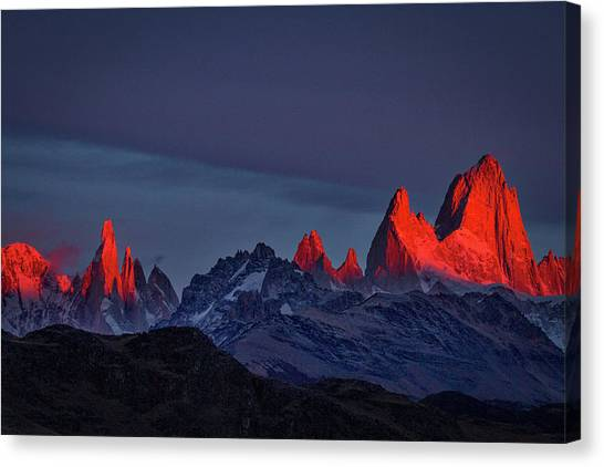 Sunrise At Fitz Roy #2 - Patagonia Canvas Print