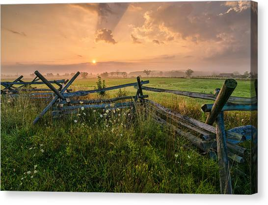 Sunrise At Gettysburg National Park Canvas Print