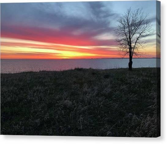 Sunrise At Lake Sakakawea Canvas Print