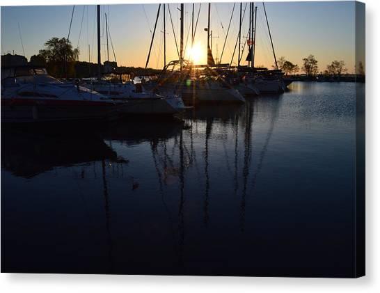 Sunrise At The Marina  Canvas Print