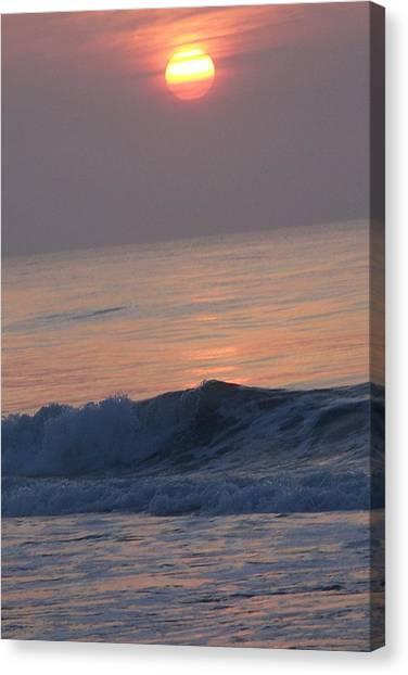 Sunrise At Wrightsville Beach Canvas Print